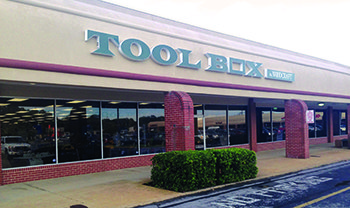 Woodcraft Introduces First Tool Box Store