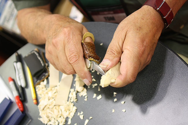 Whittling pocketknife