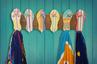 Flip flop towel holder