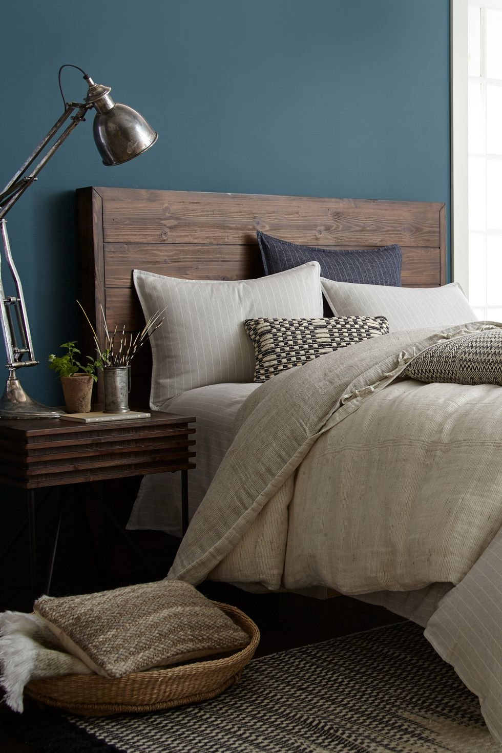 Color trend round up for 2019 - Bedroom wall paint colors ...