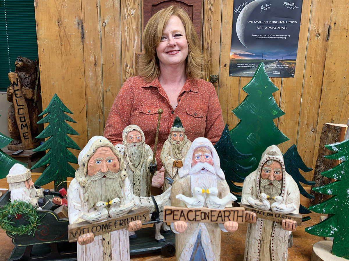 Suzy's holiday masterpiece – Carving American Folk Art