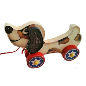 Beagle Dog Pull Toy  Woodworking Pattern and Picture