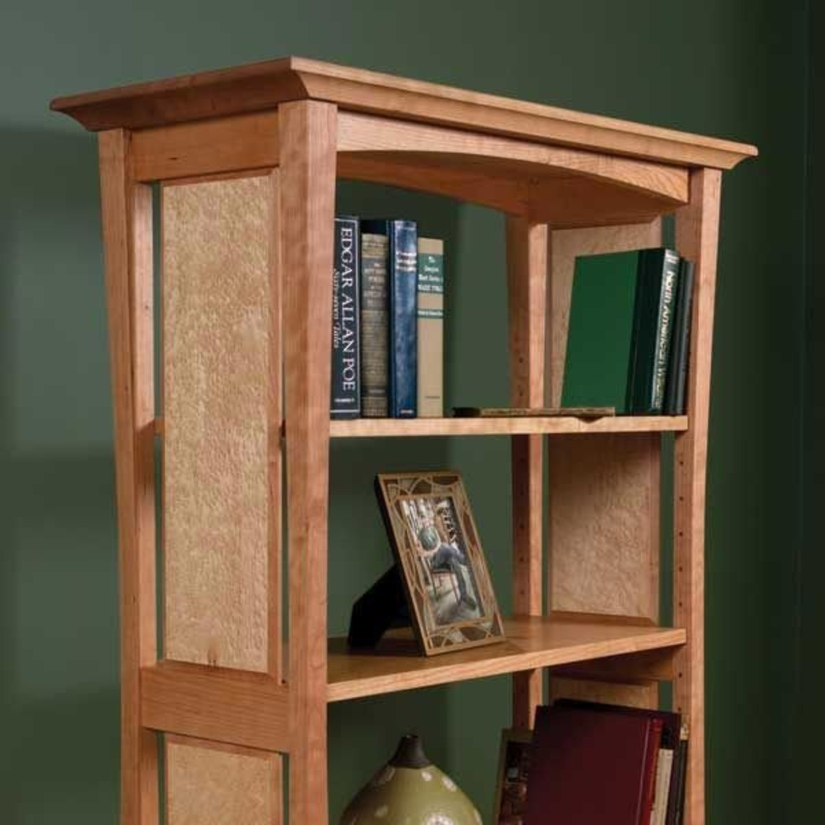Woodcraft Magazine Bookcase With Flair Downloadable Plan