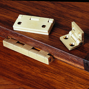 "Small Box Hinge 3/4"" L x 1/2"" W Pair"
