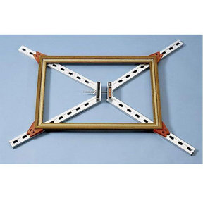Self-Squaring Frame Clamp