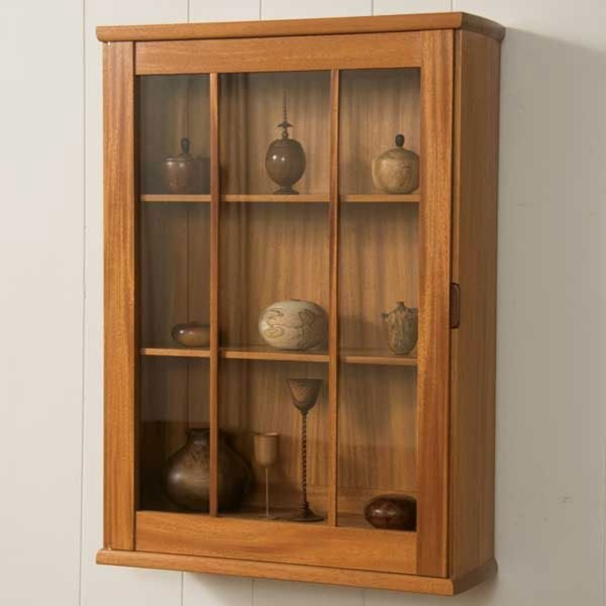 Woodcraft Magazine Wall Hung Display Cabinet