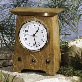 Woodworking Project Paper Plan to Build Arts & Crafts Clock