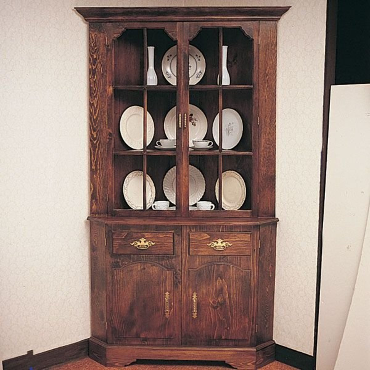Cabinet Plans Free: Woodworking Project Paper Plan To Build Corner