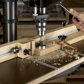 Woodworking Project Paper Plan to Build Feature Packed Drill-Press Table