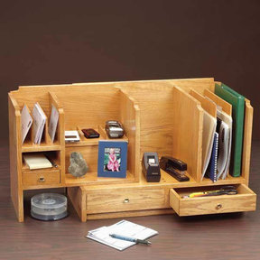 Woodworking Project Paper Plan to Build Fits-All Desktop Organizer