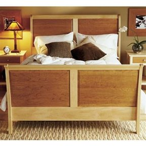Woodworking Project Paper Plan to Build Maple & Cherry Sleigh Bed