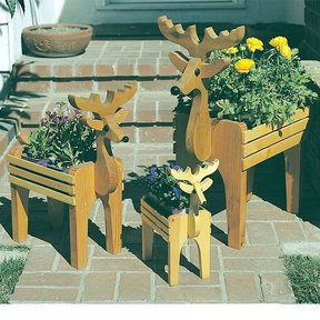 Woodworking Project Paper Plan to Build Reindeer Planters, Plan No. 745