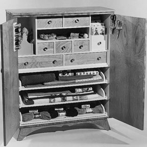 Woodworking Project Paper Plan to Build Sewing Cabinet, Plan No. 368