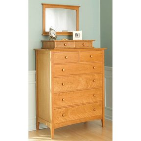 Woodworking Project Paper Plan to Build Shaker-style Dresser with Valet and Mirror