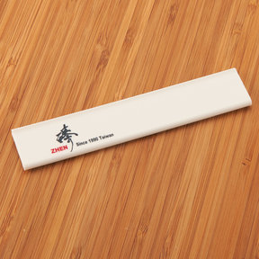 "Zhen Kitchen Knife Cover 3.8 cm x 21 cm (1-1/2"" x 8-1/4"")"